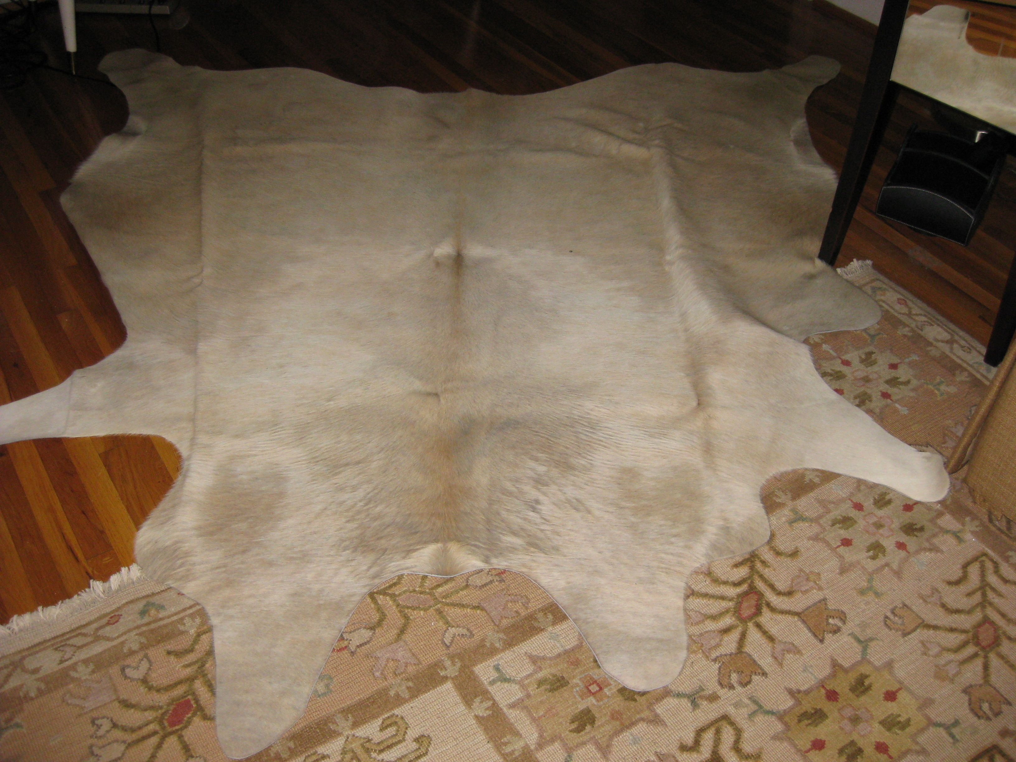 How You Can Remove Creases Very Easily From Cowhide Rugs Cowhide Rug